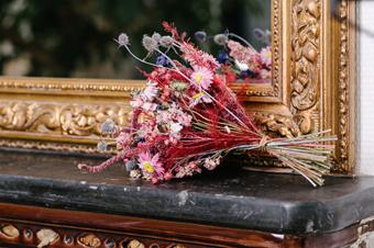 Quelle déco florale créer à partir de votre arrangement de fleurs ?